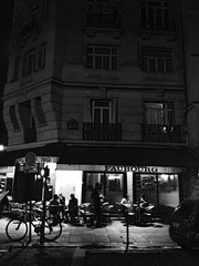 Café in the night (The Big Jiggety) Tags: cafe bicycle bicyclette velo bicicleta bicicletta paris night nocturne