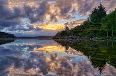 Røyksund, Norway (Vest der ute) Tags: norway rogaland karmøy sea seascape water landscape reflections mirror sky clouds trees foliage fence rocks houses sunrise earlymorning summer lindøy g7x