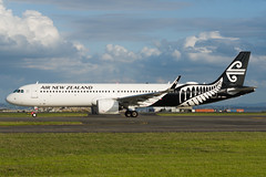 Air New Zealand Airbus A321 (Daniel Talbot) Tags: a21n akl airnewzealand airbus airbusa321 airbusa321neo auckland aucklandairport aucklandregion nzaa newzealand northisland teikaamāui zknnd aircraft airplane airplanes airport autumn aviation maker oceania plane season seasons transportation