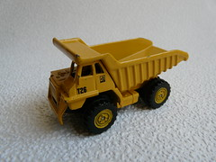 HTI® Teamsterz™  - Construction №A3 → CATERPILLAR DUMP TRUCK 1/64 China 2018 (Xerocomis) Tags: diecast hti teamsterz 164 china teamsters