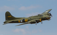 Boeing B-17 Flying Fortress 'Sally B' demoing at Flying Legends 2018, Duxford UK (Jeroen.B) Tags: 2018 air airshow duxford egsu flying flyinglegends legends show uk warbird boeing b17 fortress sally b adf