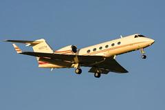 N810TM, Gulfstream G-IV of Canal Air. (David James Clelford Photography) Tags: n810tm gulfstreamgiv canalair tokyonaritainternationalairport rjaa nrt aircraft airplane aviation civilaviation jet aeroplane bizjet