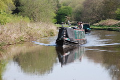Easter canal cruising (Halliwell_Michael ## Offline mostlyl ##) Tags: brighouse westyorkshire nikond40x 2019 spring springtime calderhebblecanal towpath cromwellbottom narrowboats reflections trees lock locks reflection brighouseecho landscapes reflectionslovers