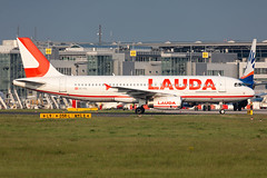 OE-IHL Laudamotion Airbus A320-232 (buchroeder.paul) Tags: eddl dus dusseldorf düsseldorf international airport germany europe flughafen ground dusk oeihl laudamotion airbus a320232