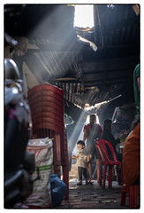 In the public market (Mio Cade) Tags: cambodia phnompenh ray morning market child mother kid boy toddler travel