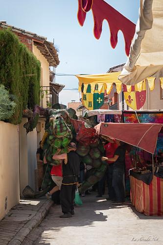 "XVIII Mercado Medieval de La Adrada • <a style=""font-size:0.8em;"" href=""http://www.flickr.com/photos/133275046@N07/40819893293/"" target=""_blank"">View on Flickr</a>"