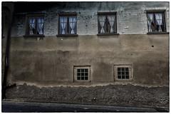 Leinach 'beauty' (Armin Fuchs) Tags: arminfuchs leinach house lavillelaplusdangereuse windows curtains tristesse trist 24mm franconian village unterleinach farmingvillage 8thcentury
