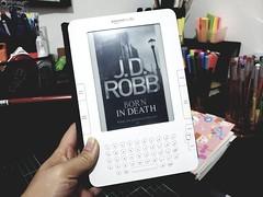 Born in Death (J. d. Robb) (Luma Kimura) Tags: livros books kindle