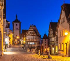 Rothenburg ob der Tauber (...:Pixlwichtl:...) Tags: rothneburg ob der tauber bayern bavaria ansbach deutschland germany plönlein sunset medieval city night