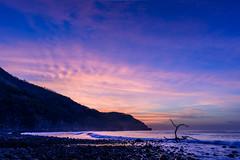 K59 Envuelta en Amanecer (Osei Casanova) Tags: nikond750photography landscape beachlife beachliving surflife surf nikonphotographer picoftheday landscapephotography beach bestoftheday outdoors photooftheday nikonphotography surfing centralamerica osecd america osei surfboard elsalvador