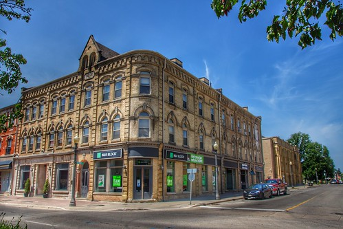 Brantford Ontario - Royal Victoria Place at 136-142 Dalhousie  Street - Commercial Building 1881