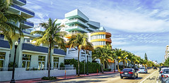 Ocean Dr. SoBe. (Aglez the city guy ☺) Tags: oceandrive miamifl miamibeach urbanexploration perspective architecture walkingaround walking colors cityscapes coconuttree outdoors