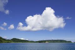 006_西表島 (VesperTokyo) Tags: 西表島 いりおもてじま 沖縄県 八重山郡竹富町 八重山列島 日本 空 雲 島 iriomoteisland okinawa japan cloud sky 海 sea