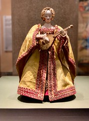 An automaton from the 16th century. She moves! She plays music!  The creation of artificial intelligence is not new. (kimbar/Thanks for 4.5 million views!) Tags: austria vienna museum automaton kunsthistorischemuseum