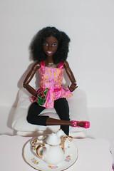 IMG_0724 (darqq_seraphim) Tags: barbie barbiedolls barbieplay barbieandfriends barbiefood barbielivingroom barbieplayset yellowtopmadetomovebarbie purpletopmadetomovebarbie soccermadetomovebarbie hikingmadetomovebarbie blueshirtmadetomovebarbie madetomovebarbies barbieclothes africanamerican africanamericandolls africanamericanmadetomove african aabarbie aadollsfemaledolls aamadetomove khia khiarelaxing tea friends