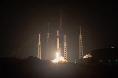 KSC-20190504-PH_AWG04_0014 (NASAKennedy) Tags: nasa spacex falcon9 dragon commercialresupplyservices crs17 spacelaunchcomplex40 internationalspacestation iss resupply cargo capecanaveralairforcestation