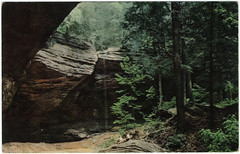 Ash Cave, South Bloomingville, Ohio (Date Unknown) (Sent from the Past) Tags: postcard postcards unused unknowndate dateunknown 1950s sohio ashcave southbloomingville southbloomingvilleohio ohio letsexploreohioseries chrome kodachrome arnoldeagle hockinghills hockingcounty hockingstateparks stateparks ashcavepark standardoil hockingparks hocking