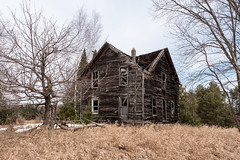 Until the last (Wicked Dark Photography) Tags: wisconsin abandoned decay defunct derelict house ruin ruins rural weathered