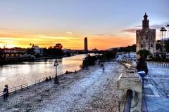 Guadalquivir (mgarciac1965) Tags: guadalquivir sevilla water atardecer light city people river seviglia seville andalucía andalucia andalusia españa spain espagne nikon nikond5200 torredeloro triana torretriana