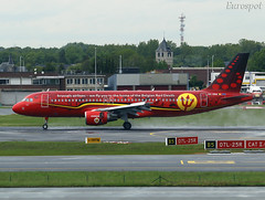 OO-SNA Airbus A320 Brussels Airlines (@Eurospot) Tags: brusselsairlines oosna airbus a320 1441 ebbr bruxelles