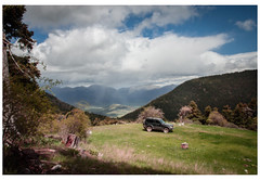 (Patsnik) Tags: mountain clouds car driving off road grass spring sky summer greece greek mainalo arcadia peloponnese άνοιξη μαίναλο ελλάδα αρκαδία βουνό πελοπόννησοσ boarders white blue green