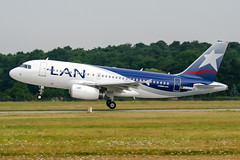D-AVYX (PlanePixNase) Tags: aircraft airport planespotting haj eddv hannover langenhagen cccpj lan chile airbus 319 a319