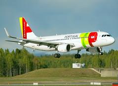 CS-TNR (Skidmarks_1) Tags: cstnr airbusa320 tap engm osl oslogardermoenairport norway aviation aircraft airport airliners
