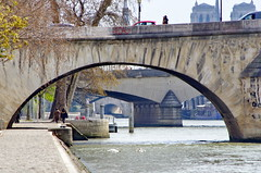 428 Paris en Mars 2019 - Quai des Tuileries, Pont Royal, Pont du Carrousel, Pont des Arts (paspog) Tags: paris seine france mars march mârz 2019 quaidestuileries