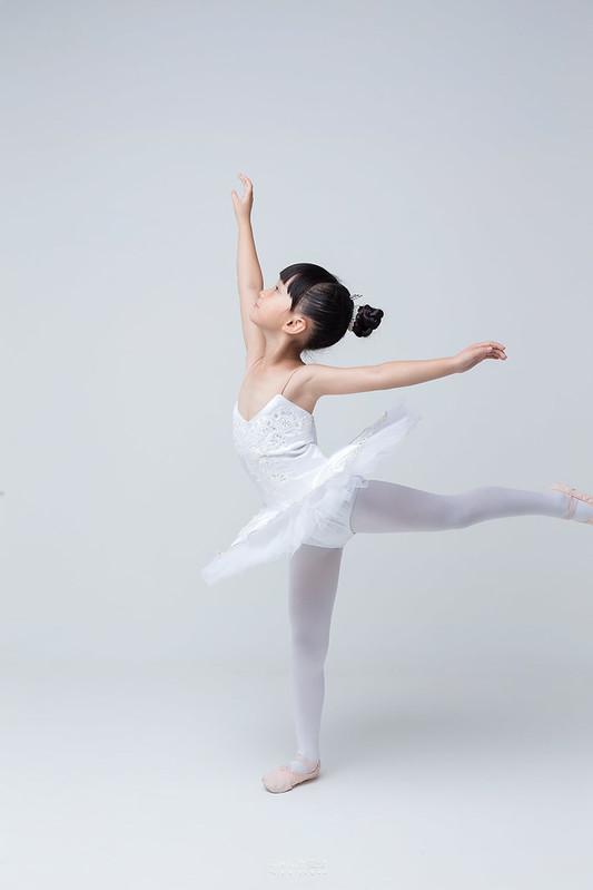 小女孩兒的芭蕾夢 | 台南舞蹈教室 迪迪舞蹈 | 兒童寫真 11
