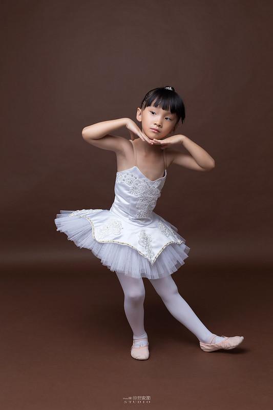 小女孩兒的芭蕾夢 | 台南舞蹈教室 迪迪舞蹈 | 兒童寫真 3