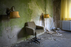 green room (jkatanowski) Tags: urbex urban exploration europe decay derelict decaying decayed room indoor forgotten abandoned lost lostplace sony a7m2 destruction chair