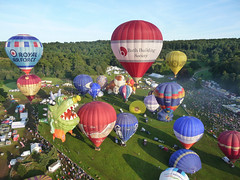 Balloon Festival 2009, Bristol, England (David May) Tags: hot air airborne gentle view bath building society royal force triumph champagne early morning flight basket flame