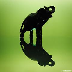 P3250064 (Csaba Vásárhelyi) Tags: reflection green elephant olympus minimal minimalist minimál zöld flash vaku tükröződés omdem10mk2 omd