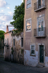 Lisbon (romanboed) Tags: leica m 240 summilux 50 europe portugal lisbon alfama city cityscape old town urban lisboa lisabon 里斯本 리스본 リスボン лиссабон لشبونة street sunrise morning