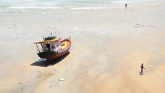 Rio Grande do Norte - Baía Formosa (sileneandrade10) Tags: sileneandrade baíaformosa landscape barco mar praia areia paisagem turismo viagem nikon nikoncoolpixp900