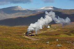 44996 Leaves Corrour. 04.10.2009. (briandean2) Tags: 44996 black5 lms corrour scotland westhighlandsofscotland westhighlandrailway rannochmoor steam railways uksteam ukrailways