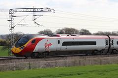 Virgin Pendolino 390037 (Richard Brothwell) Tags: 390037 virgin pendolino class390 wcml westcoast canoneos600d ef70300mmf456isusm canonef70300mmf456isusm richardbrothwell emu trains railways railroads passenger