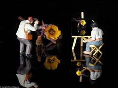 Looking Close on Friday - Small Figures (J.Weyerhäuser) Tags: blume h0 lcof maler preiser smallfigures tinypeople