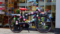 My hometown ! Oldenburg, Lower Saxony ( Niedersachsen ), Germany  - in the pedestrian zone ! (tusuwe.groeber) Tags: street strase shot photographing aufnahme ablichtung oldenburg sony nex7 lowersaxony niedersachsen germany deutschland fusgängerzone pedestrianzones rad fahrrad räder fahrräder bicycle bike velo fiets klingel fahrradklingel bicyclebell farbig bunt colour colourful coloured ilovemybell bells klingeln fahrradklingeln