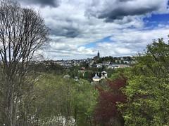 Blick auf Annaberg und St. Annen Kirche (M&K Photographie) Tags: weis sachsen erzgebirge natur stadt blau grün bäume himmel wolken stannenkirche annabergbuchholz