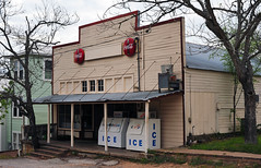 Henry's Grocery - Burton, Texas (Rob Sneed) Tags: texas burton henrysgrocery architecture sign vintage cocacola smalltown grocerystore independent business texana americana facade
