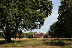 (Wanderer and Wonderer) Tags: osterleypark osterleyhouse osterley london nationaltrust england