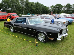 Chrysler New Yorker Brougham 1976-78 (Zappadong) Tags: chrysler new yorker brougham 1976 1977 1978 bockhorn 2017 zappadong oldtimer youngtimer auto automobile automobil car coche voiture classic classics oldie oldtimertreffen carshow