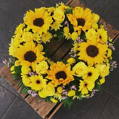 A vibrant funeral wreath filled with sunflowers, roses and craspedia were included in this lovely all yellow tribute. . . #parsleyandsageflorist #stokeontrentflorist #sunflowers #sunflower #sunflower🌻 #rose🌹 #rose #roses #craspedia #flower_ (parsleyandsage11) Tags: flowers flowerstagram shoplocal flowerdaily florals flowergram supportsmallbusiness sunflowers sunflower flowerbeauties flowerssuperpics craspedia parsleyandsageflorist rose flowerperfection roses stokeontrentflorist