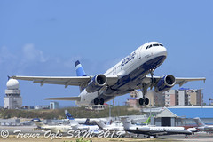DSC_9251Pwm (T.O. Images) Tags: jetblue airbus a320 sxm st maarten princess juliana airport