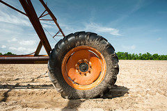 Thirsty (MilkaWay) Tags: georgia ruralgeorgia washingtoncounty ga15 field dustyfield irrigation irrigationsystem tire agriculture industrialagriculture