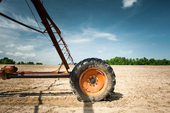 Ready To Roll (MilkaWay) Tags: georgia ruralgeorgia washingtoncounty ga15 field dustyfield irrigation irrigationsystem tire agriculture industrialagriculture
