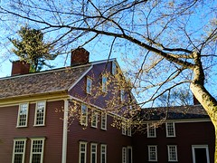 Longfellow's Wayside Inn (ekelly80) Tags: massachusetts marlborough april2019 spring newengland inn longfellowswaysideinn ground light evening sunset glow old red trees