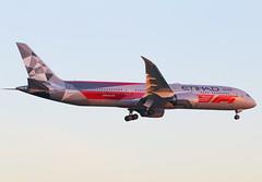 A6-BLV Boeing 787 Etihad (@Eurospot) Tags: a6elv boeing 787 etihad lebl barcelone
