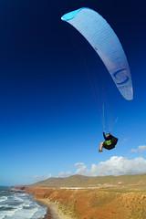 RU_201904_MaPaMaroc_186_x (boleroplus) Tags: decollage legzira mer montagnes nuage parapente paysage maroc